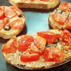 ツナとトマトのタルティーヌ